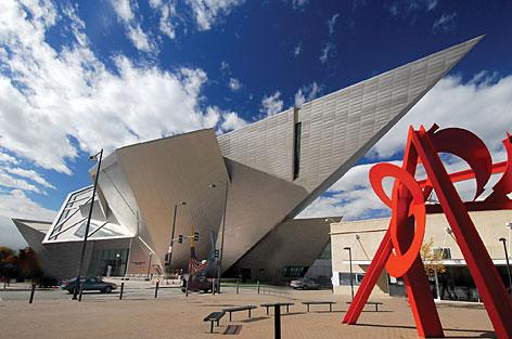 denver-art-museum-exterior