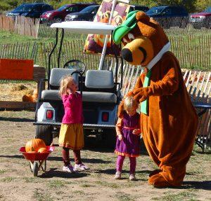 Colorado-Pumpkin-Patch-and-Yogi-bear